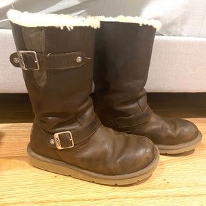 UGG womens brown leather boots Sz 7